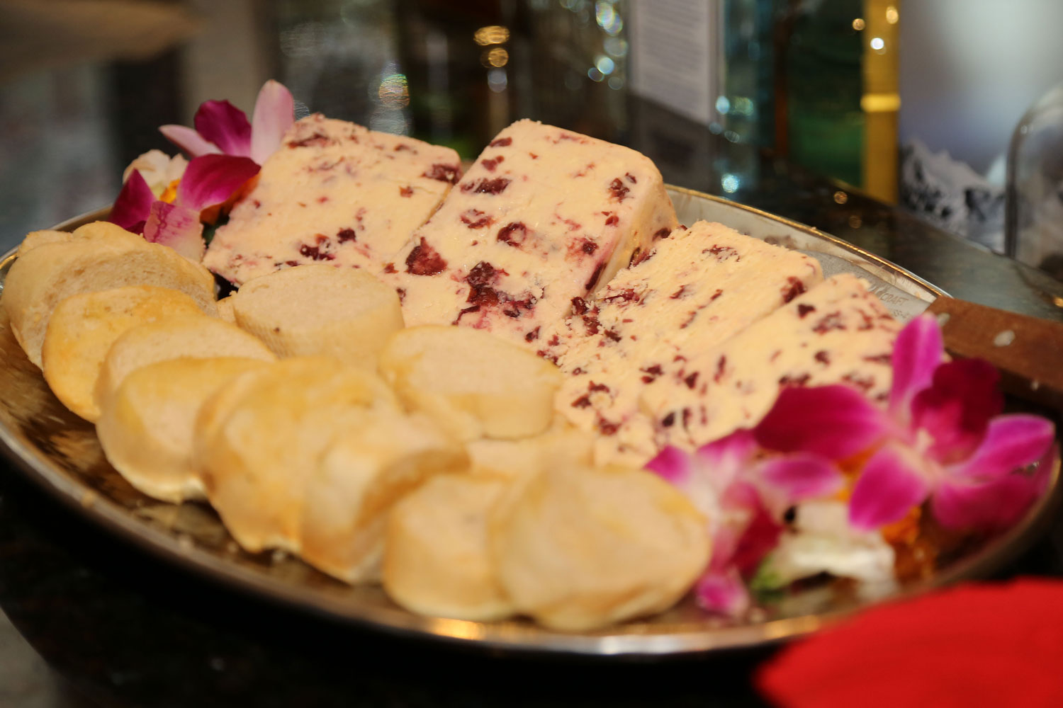 Chevre-and-Cranberry.jpg